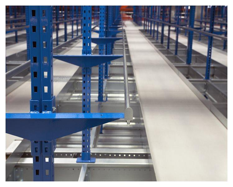 sistemas de almacenaje automáticos de prenda colgada